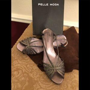Pelle Moda FIREFLY Pewter Metallic Shoes, 8.5